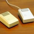 Zum Vergleich: Die Maus vom Apple Macintosh Plus (Foto: Wikipedia / Apple)