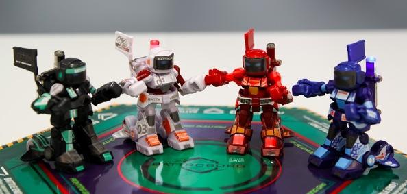 Kleine, süße Kampfmaschinen. (Foto: Robots-Dreams.com)