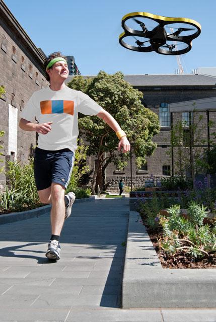 Joggen mit der Drone. (Foto: exertiongameslab.org)