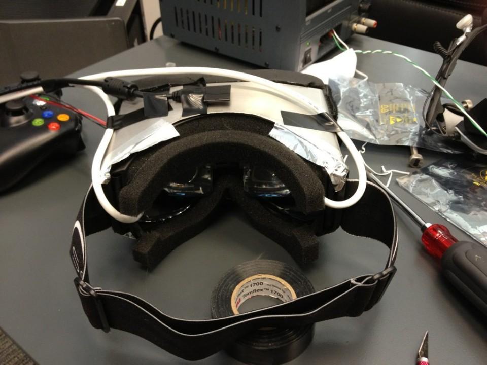 Der VR-Helm-Prototyp von John Carmack. (Foto: John Carmack)