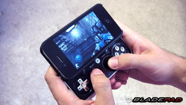 Das Bladepad macht aus dem iPhone eine mobile Spielkonsole. (Foto: Kickstarter)