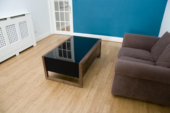 Arcane arcade table wohnzimmertisch f r retro freunde for Wohnzimmertisch usb
