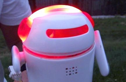 BERO - der kleine Roboter, der viel kann. (Foto: Kickstarter)