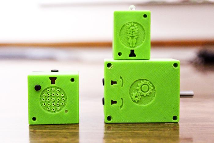ATOMS erwecken Baukltze zum Leben. (Foto: Kickstarter)