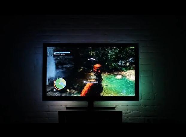 So sieht Lightpack bei einem Spiel in Aktion aus. Erstaunlich gut ist hier der Farbverlauf zu erkennen. (Foto: Kickstarter)