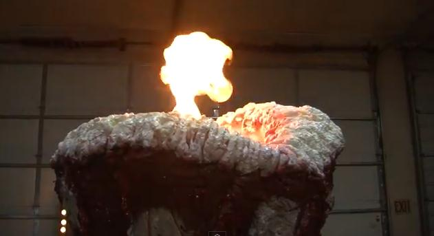 Feuer, baby! (Foto: Youtube)