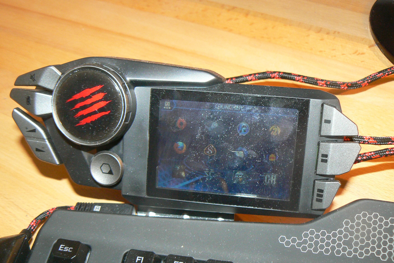 Viel ungenutztes Potenzial: Der V.E.N.O.M.- TFT-Touchscreen. (Bild: Mad Catz)