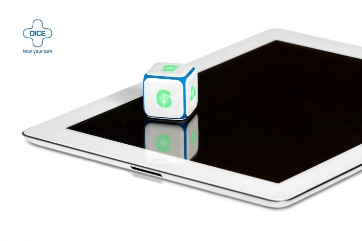 Würfel & Tablet sind da. Fehlen nur noch Mitspieler (Foto: http://dicepl.us/)
