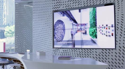 Touchscreen, 4K-Display, Tisch - das Gesamtergebnis sieht schon beeindruckend aus. (Foto: Vimeo)