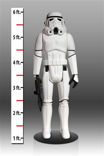 Macht Eindruck! Die lebensgroße Stormtrooper-Figur (Foto: Gentle Giant)
