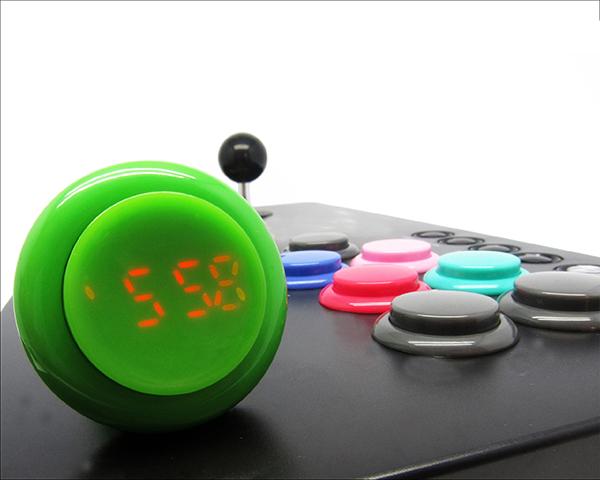 Eine Uhr wie ein Button (Foto: click-watch.com)