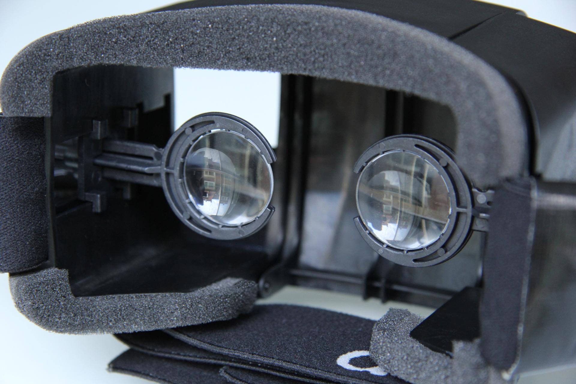 Die 3D-Brille kann optional auch selbst gebaut/gedruckt werden. (Foto: Shoogee GmbH)