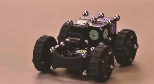 Ein Roboter aus einzelnen Modulen gefertigt. (Foto: Kickstarter)