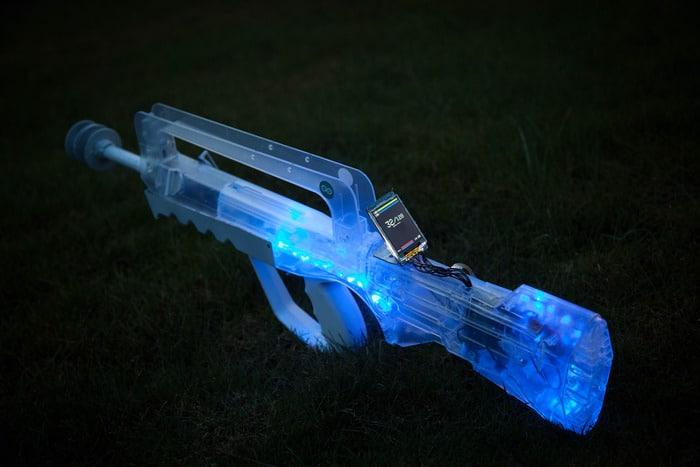 Das ist sie - die OpenSource Laser Tag-Waffe. (Foto: Kickstarter)