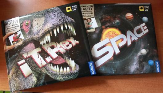 Zwei Bücher mit AR-Elementen. (Foto: GamingGadgets.de)