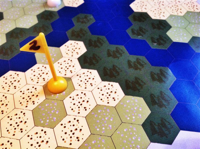 Googball wird unter anderem gezeigt. Ein Golf-Brettspiel. (Foto: Hamburger Spieletage)