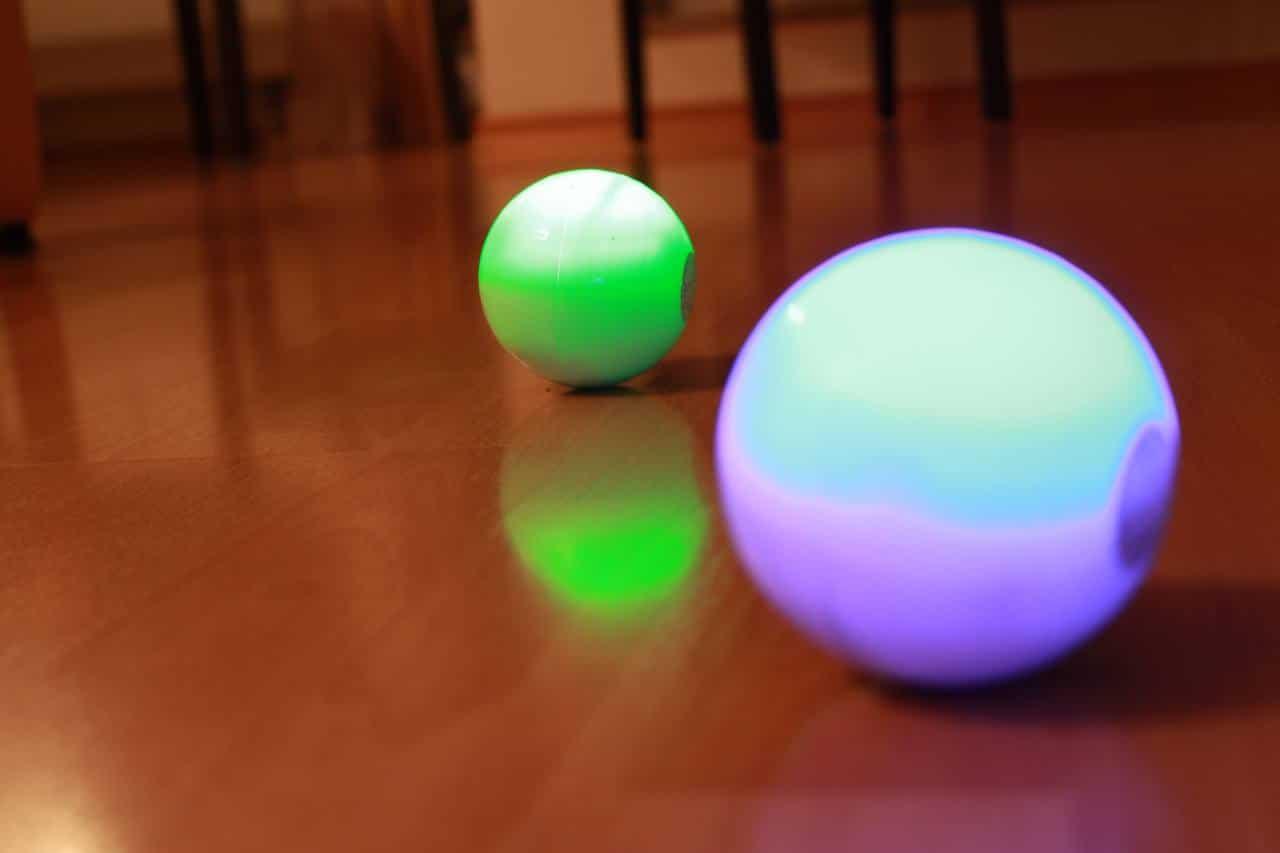 Zwei Sphero. (Foto: GamingGadgets.de)