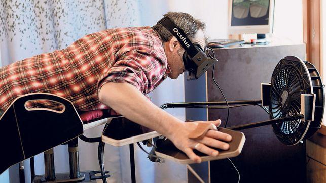Okay - alles klar! Ein Vogel-Simulator mit Oculus Rift?! (Foto: Birdly.zhdk.ch)