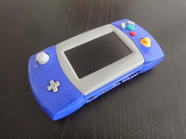 gamecube-portable-atari-lynx-casemod-3