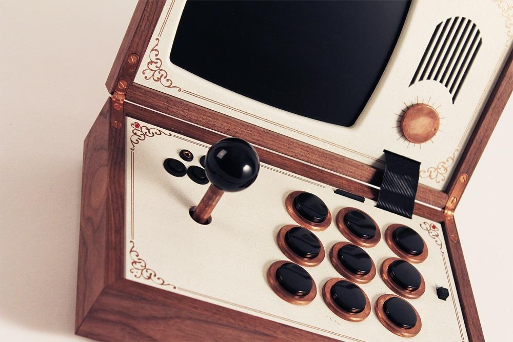 Die edelste (und teuerste) Spielekonsole der Welt !? (Foto: lovehulten.com)