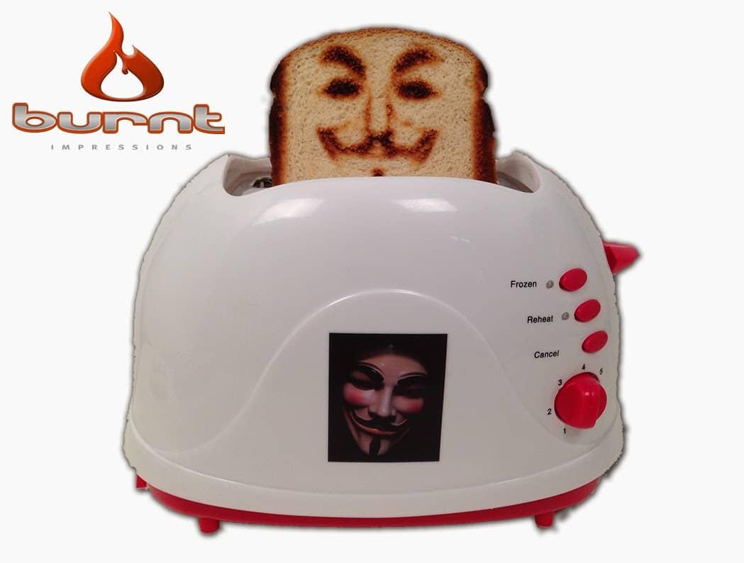 Das Antlitz von Guy Fawkes auf Toast verewigt (Foto: burntimpressions.com)