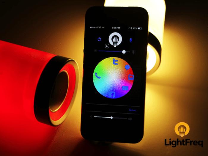 Eine Glühbirne mit Licht, Sound & Smartphone-Anbindung (Foto: Kickstarter)