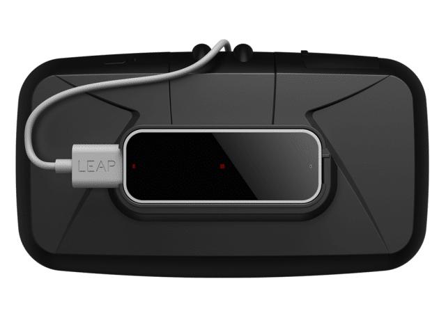 Leap Motion wird auf die Vorderseite einer Oculus Rift montiert. (Foto: Leap Motion)