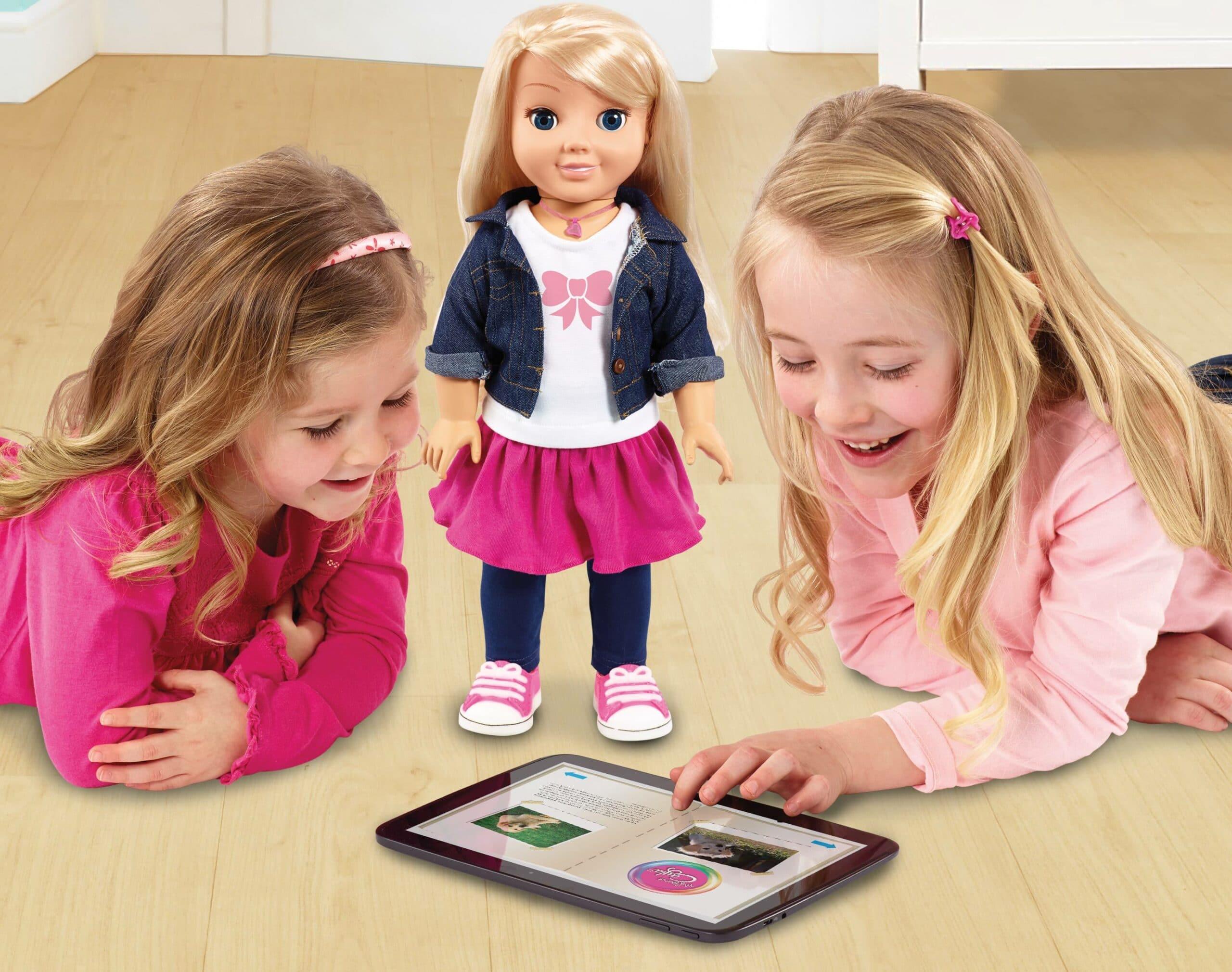 Gewinnt Cayla, die intelligente Puppe mit Internet-Anbidung. (Foto: Vivid)