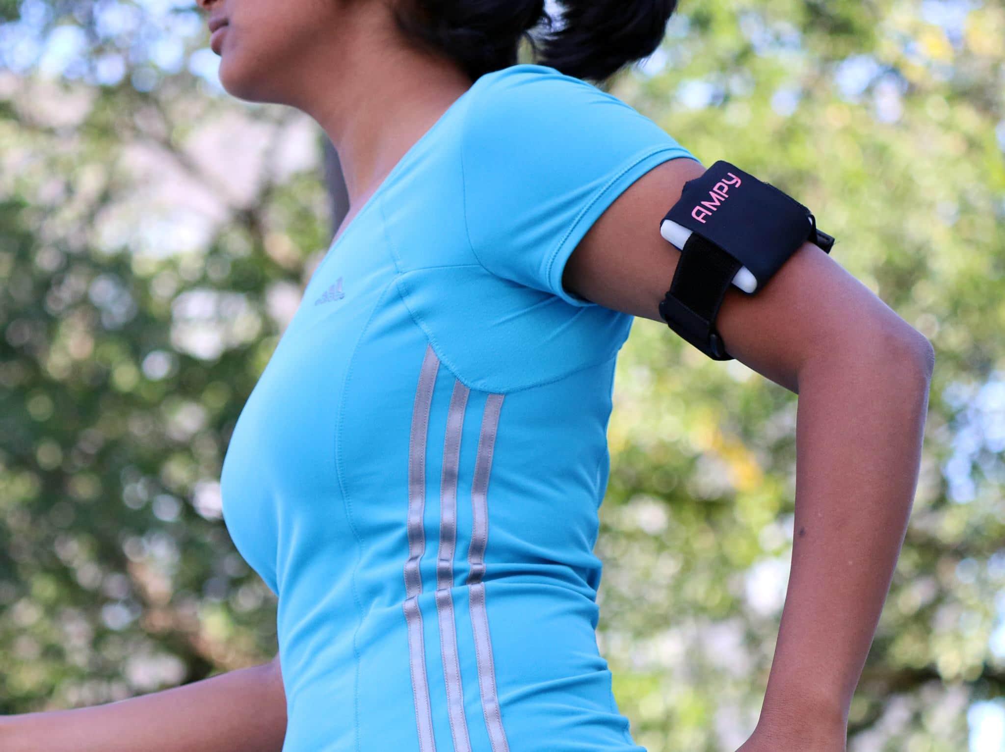 Passende Halterungen für Sportler gibt's natürlich auch. (Foto: Kickstarter)