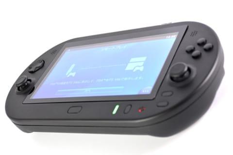 Im Inneren steckt ein PlayStation TV. (Foto: GameTech)