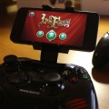 Der Clip für den großen Controller. (Foto: GamingGadgets.de)