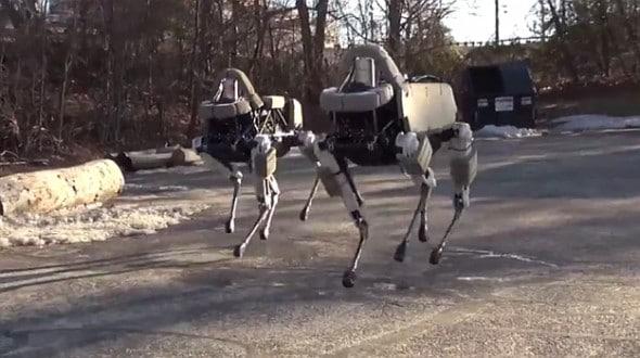 Der trittfeste Roboter-Hund Spot (Foto: Geek.com)