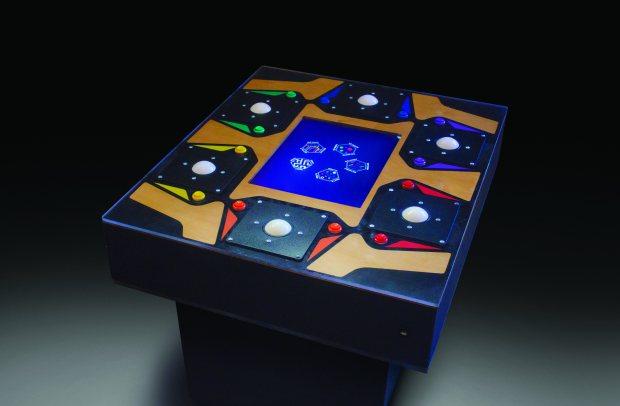 Ein wirklich ungewöhnlicher Tisch. (Foto: Brent Bushnell)