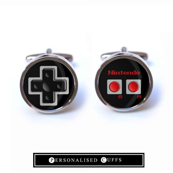 NES-Controller für den Anzug. (Foto: Etsy)
