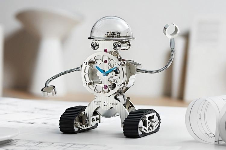 Schräge Roboter-Uhr, oder? (Foto: MB&F)