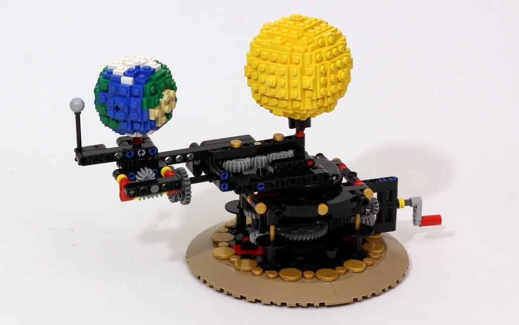 lego orrery eckige planetenmaschine zum nachbauen. Black Bedroom Furniture Sets. Home Design Ideas