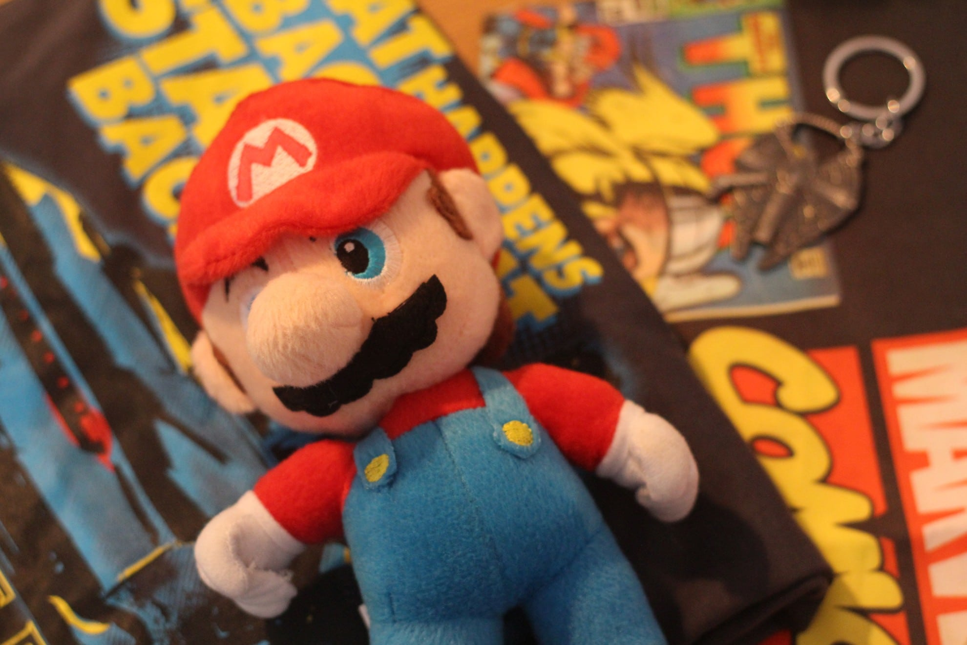 Mario und mehr. Das war in der ersten LootHood-Box. (Foto: GamingGadgets.de)