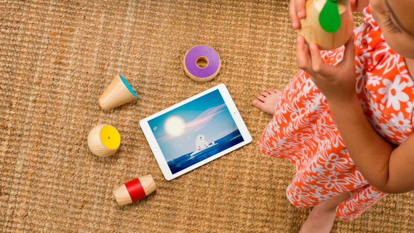 Holzspielzeug mit App fürs Tablet. (Foto: Frog Design)