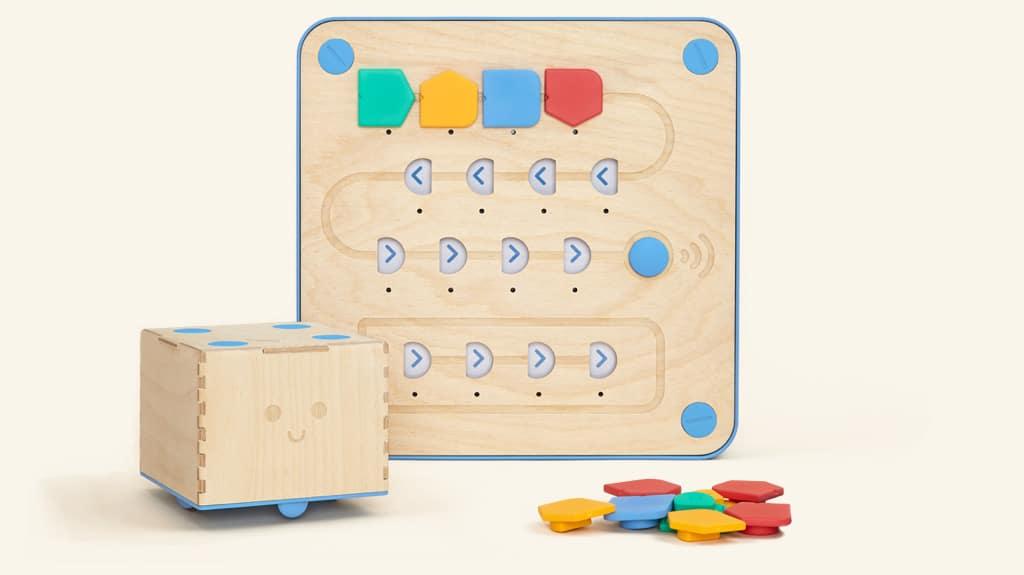 Schönes Holzdesign. (Foto: Primo Toys)