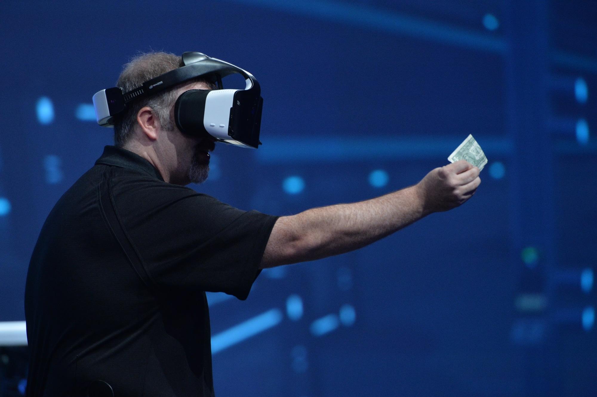 VR? AR? Beides. (Foto: Intel)