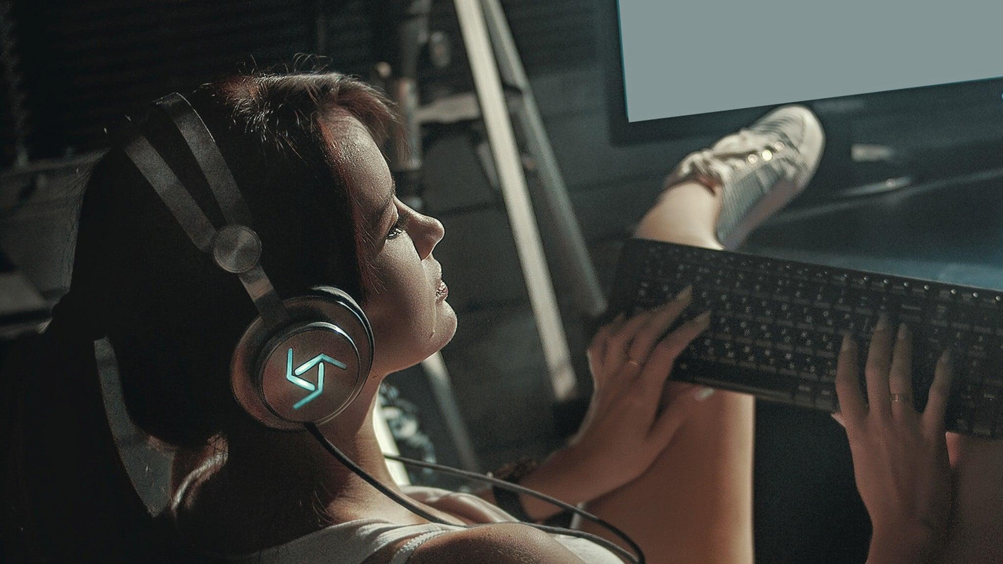 Booster One: Gaming-Kopfhörer mit Bewegungssteuerung