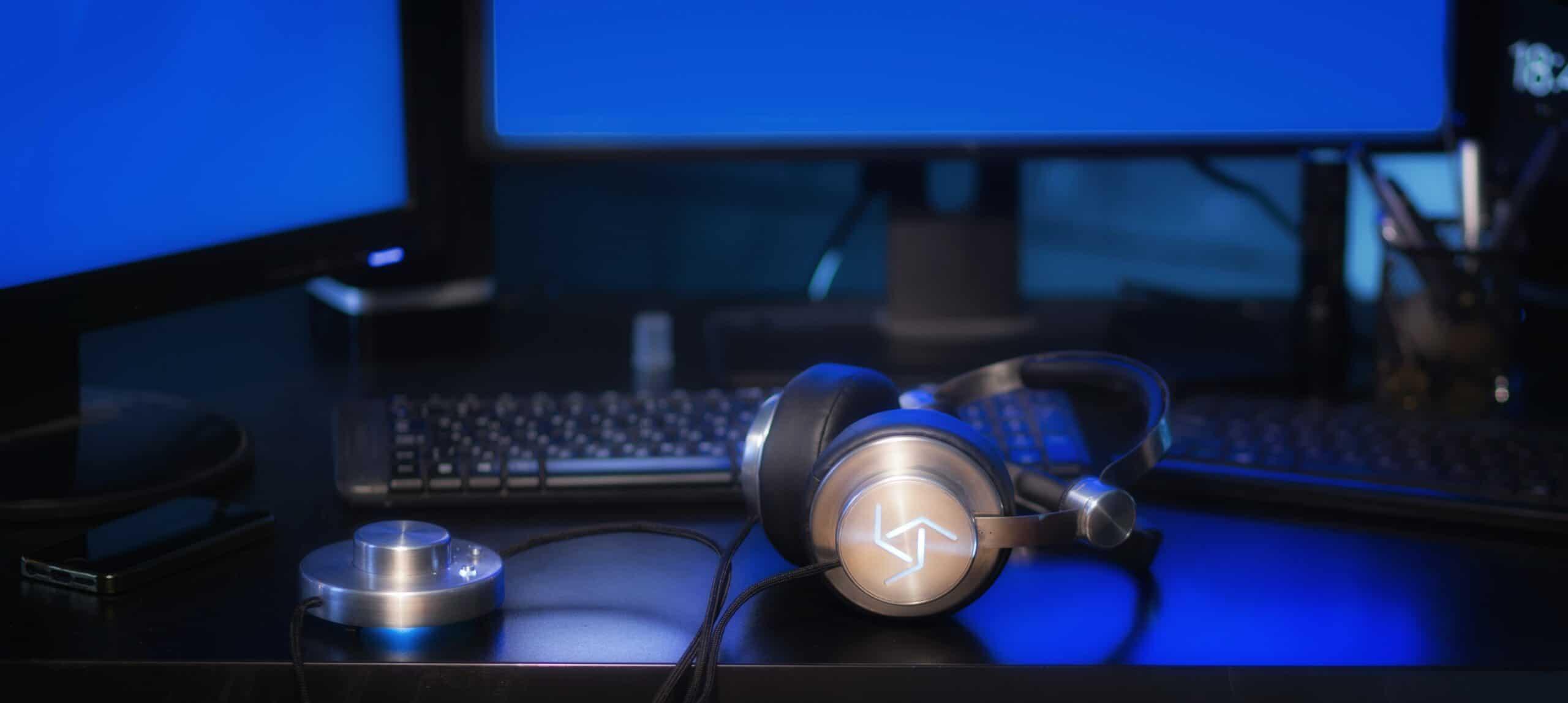 Kopfhörer und dazugehörige Box. (Foto: Sixth Sense Technology)