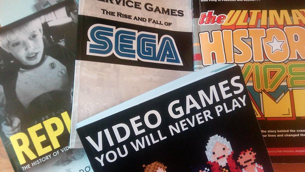 Bücher über Spiele als kreative Geschenkidee. (Foto: Daniel Wendorf)