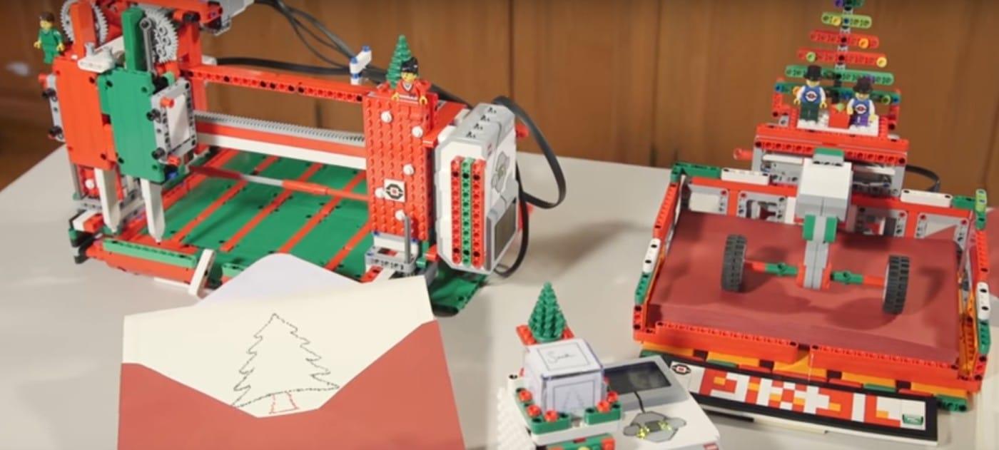 LEGO Holiday Card PLOTT3R: Bastelt euch einen Drucker für Weihnachtskarten