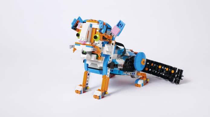 lego boost lustige roboter zum basteln und programmieren. Black Bedroom Furniture Sets. Home Design Ideas