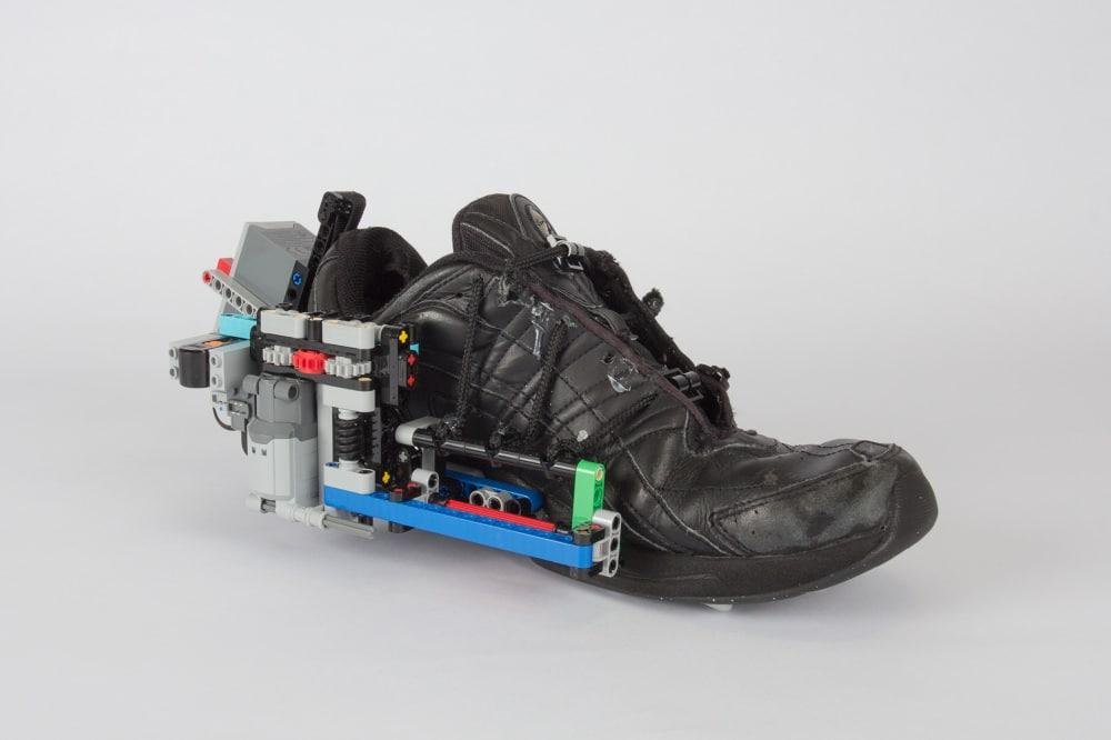 Selbstbindende Schuhe aus LEGO: Macht es wie Marty McFly!