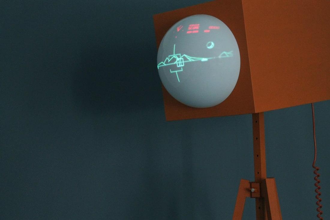 BOB180: Dieses riesige Auge ist eine Retro-Spielkonsole