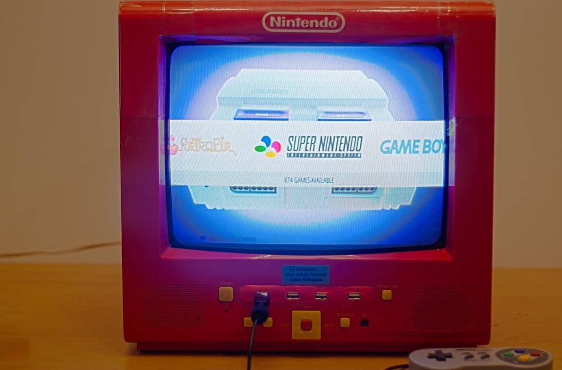 Nintendo TV: Retro-Spielkonsole aus einem alten Fernseher gebaut