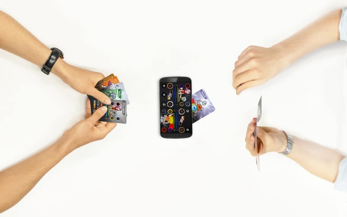 Kartenspiel trifft auf Smartphone-App. (Foto: FusionPlay)