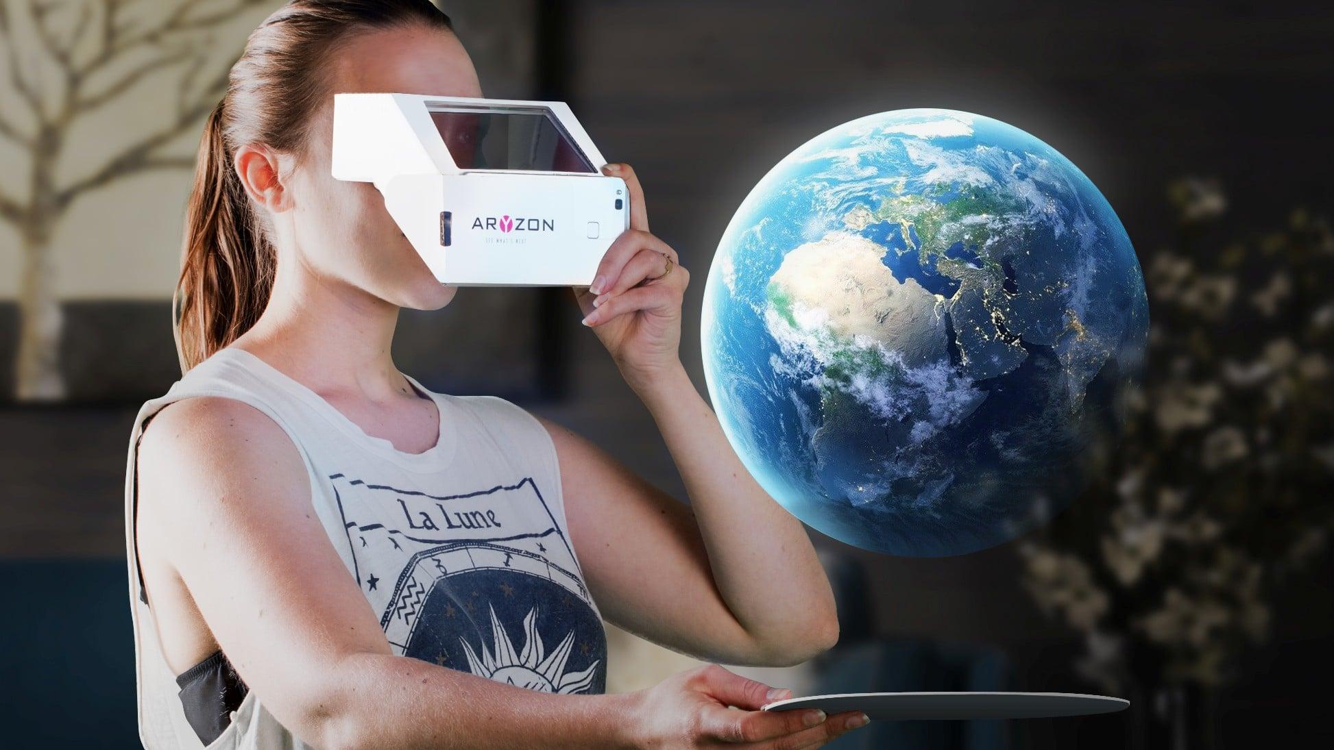 Pappe bringt euch in die erweiterte Realität. (Foto: Aryzon)